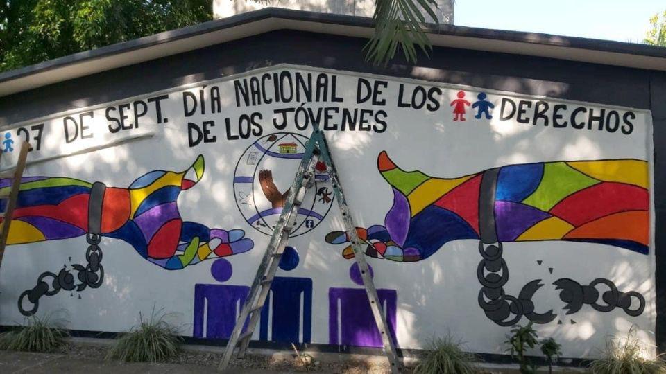 De esta manera, también, el @Cobach_Gro con el DG @_FerminAlvarado se sumó al esfuerzo del Gobernador @HectorAstudillo y de la Sra. @MerceCalvoE, para poner fin a la violencia de género.  #SoyCobachGro #16DiasDeActivismo #PintaElMundoDeNaranja #GeneracionIgualdad