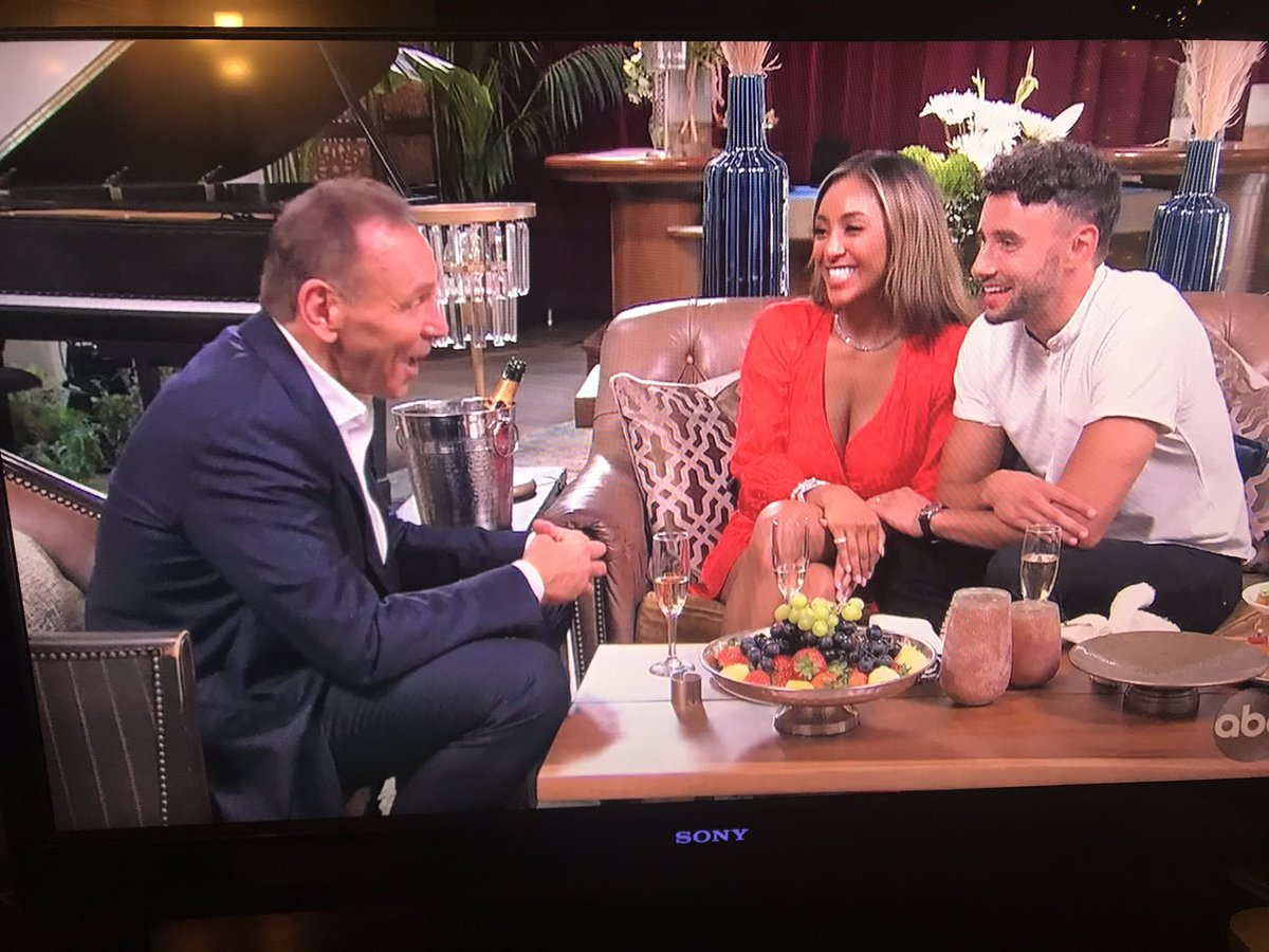 Cool...awesome date...take the guy with commitment issues to meet NEIL LANE! Come ON! #bachelorette #BacheloretteABC #BachelorNation