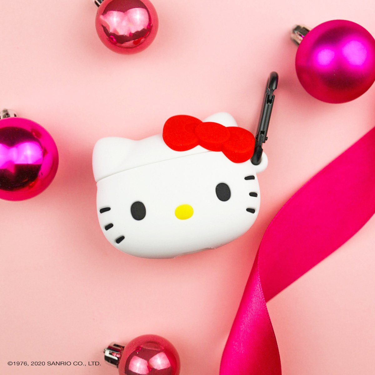 Hello Kitty loves a sweet tune 🎵💕Shop this supercute AirPods case online at @BoxLunchGifts: