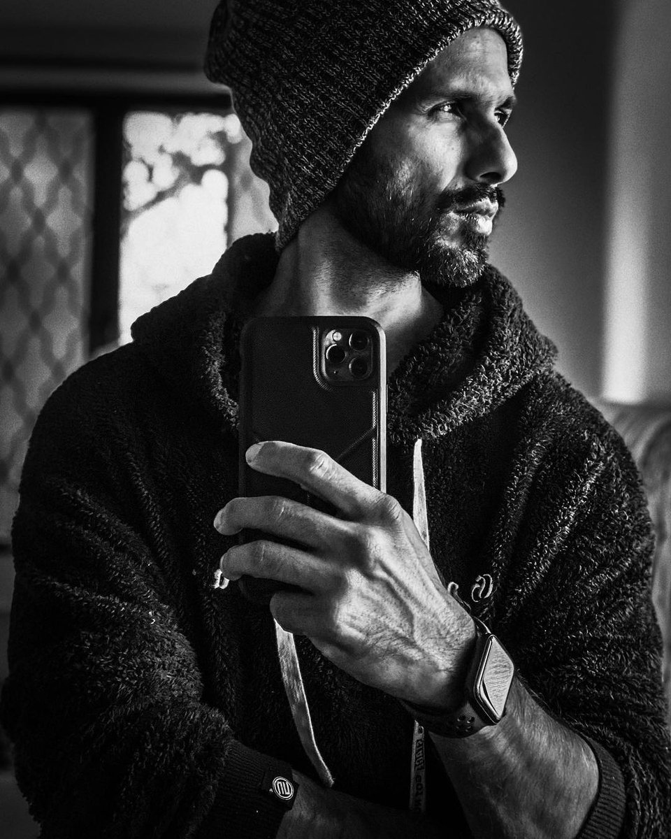 "INSTA POST by @shahidkapoor 😍 '' Dig deep. Nothing comes for free. Find that place within that loves the grind. Whatever it is that keeps you going. Pushing forward. Headwind tailwind whatever. . Keep it real and always make it count.""  #ShahidKapoor #Shanatics"