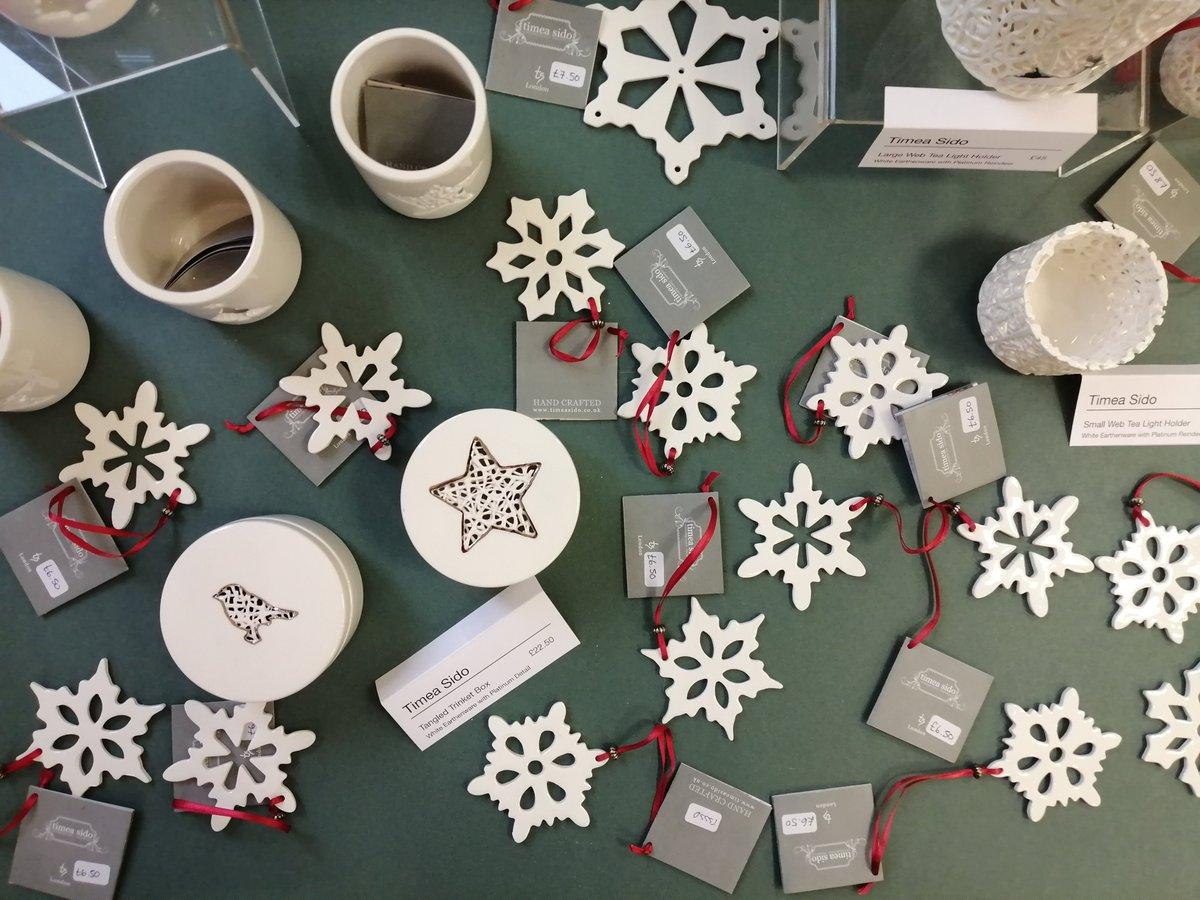 Christmas crafts @rbsagallery ✨ https://t.co/OyzKIZC7Xt