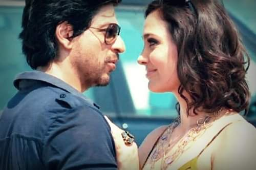 #9YearsOfDon2 That was my favourite scene from Don 2... @LaraDutta is gorgeous and @iamsrk WOW i think that is his best look...that hair, stubble, glasses..voice... Awesome