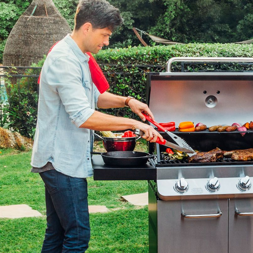 Give the gift of grills this Christmas ❤️ #DynaGlo #HappyHolidays  Shop our best holiday selection here: https://t.co/bJWYB8evEP https://t.co/uaXjf3o1vg