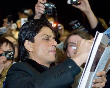Replying to @iam_raheman_srk: RT @iam_raheman_srk: RT @iamsrkraheman: RT @iam4sunrise: .@iamsrk the crowd went crazy for #ShahRukhKhan.  Premiere of 'Don 2' at 62nd Berlin International Film Festival. Most loved Superstar  #9YearsOfDon2
