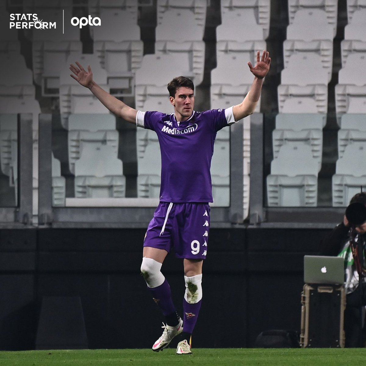 """OptaPaolo on Twitter: """"3 - Prior to Dusan Vlahovic, the last player to  score in three consecutive Serie A appearances with Fiorentina before  turning 22 was Giampaolo Pazzini in April 2005. Uncontrollable. #"""