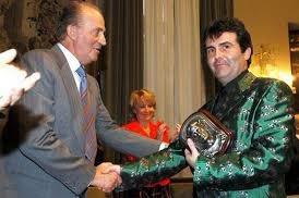 Parlant del premi a Joan Margarit,  deixo aquesta fotografia per aquí perquè us la mireu i vaig a sopar...