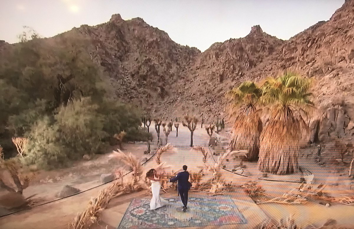 On the next episode of #survivor Tayshia and Zac get engaged...Is this the most desolate location for an engagement in #bachelorette history? #BacheloretteABC #BachelorNation #BacheloretteNation