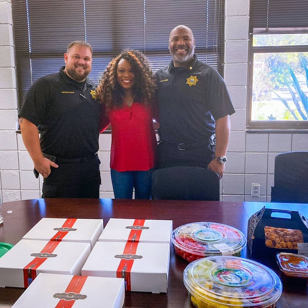 #Holiday Event #1   🎄 Lunch for the corrections officers at the Hillsborough County Youth Detention Center. ❤   Shout out to Nothing Bundt Cakes for providing desserts for these wonderful men and women.  🌎💙  #DontTripUplift #communityservice