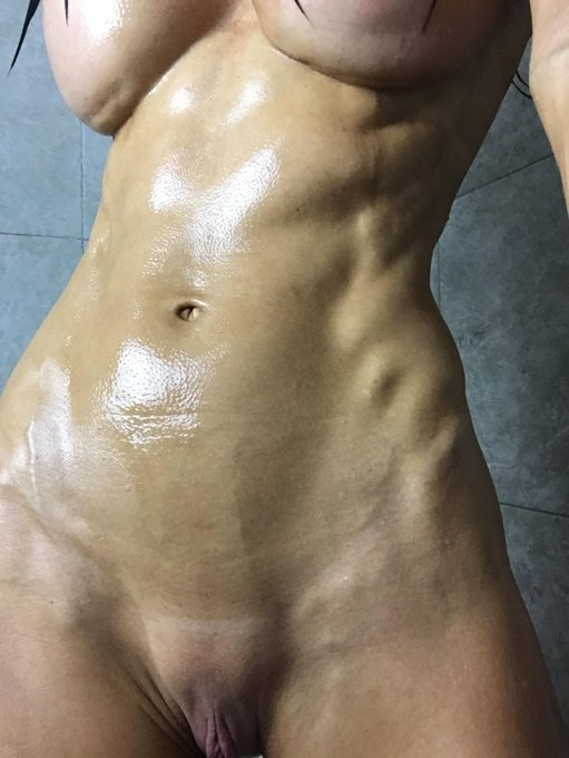 Let me clean myself, Ill be there there in a minute  Join me at https://t.co/FdjyjWYssg  #bestbody #gfe