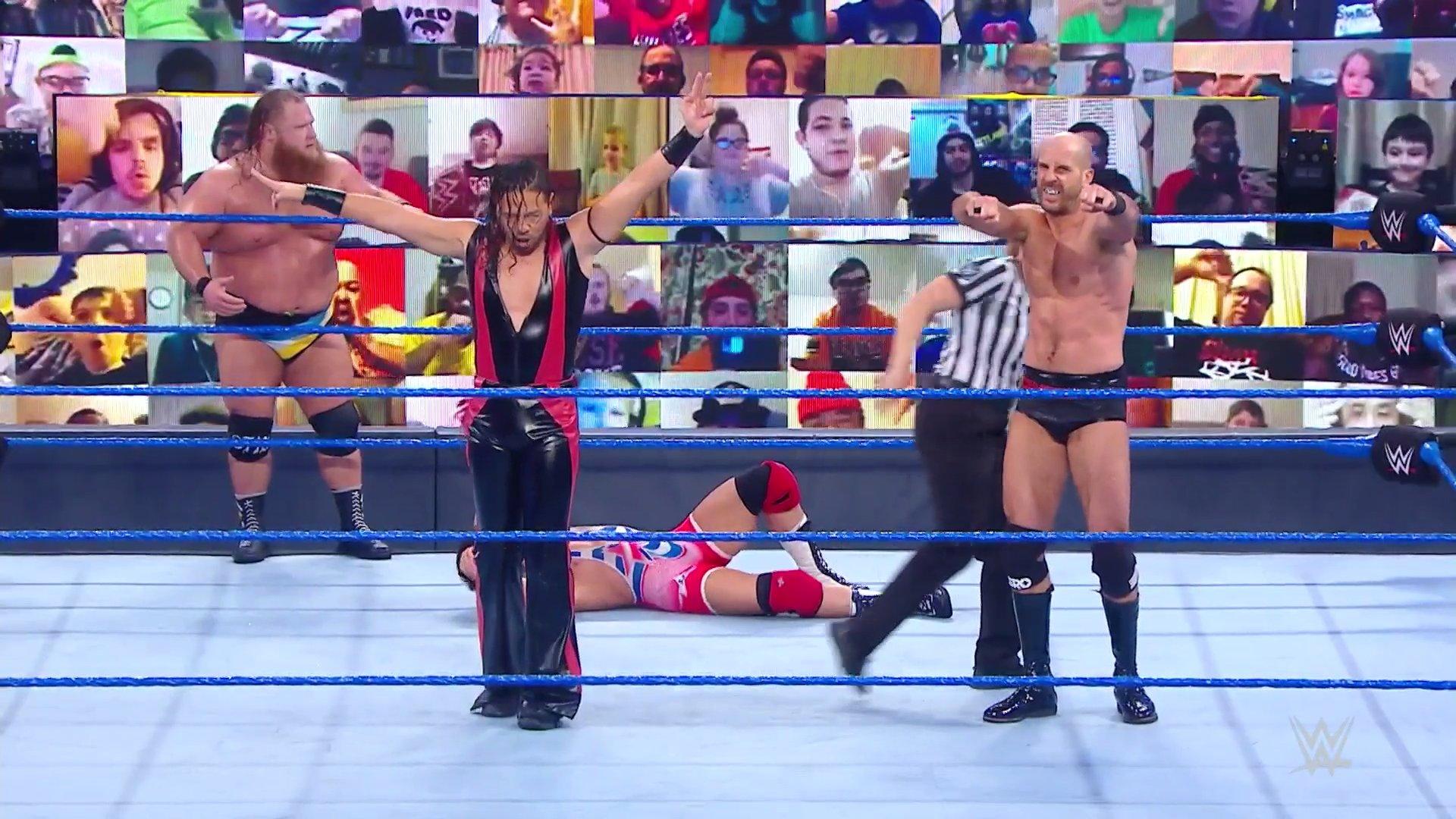 Cesaro y Naka vuelven a la victoria en SmackDown.