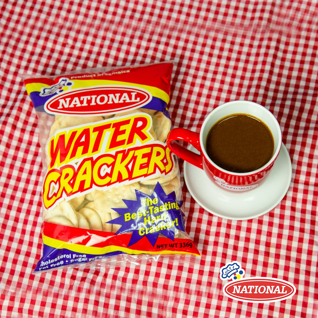 The best tasting hard crackers! #NationalWaterCrackers https://t.co/aPw72Gsy53