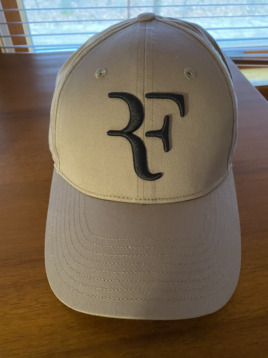 Got mine!!  #RFcapisback   Looking forward to the #usopen and #lavercup !