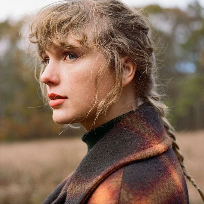 Happy birthday Taylor Swift you ve always been a voice of reason growing up and I ve always felt safe in your words.
