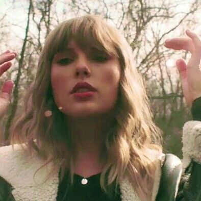Happy Birthday to the queen of the music industry, Taylor Swift