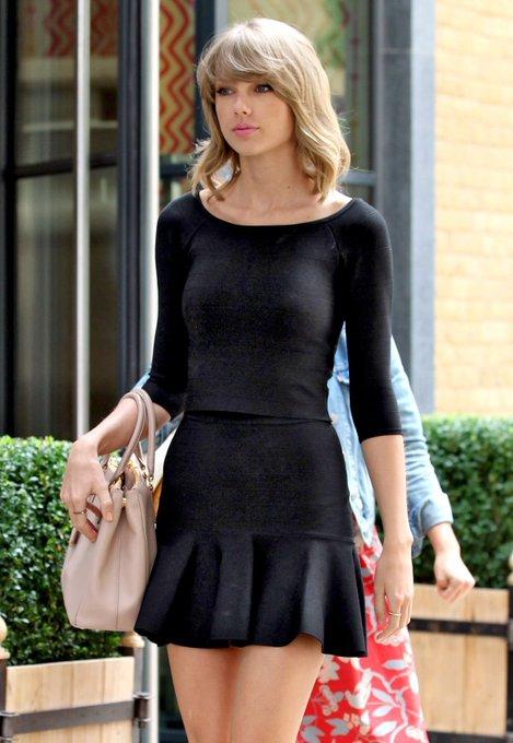 Happy Birthday to the beautiful Taylor Swift
