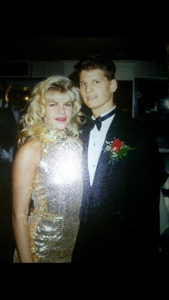 In honor of the wildly successful @netflix show @promnetflix ,I challenge you to drop your Prom #TheProm picture here. I'll go first.. This is me and my date Miki in 1991! Guess what, we are still just as close 30 years later.  #PromChallenge #PromPicture #PromDate #LifeIsGood ❤️