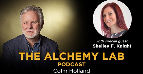 My latest #podcast in The Alchemy Lab with my guest @ShelleyFKnight. Life Goes On - nurse turned writer who provides an eclectic blend of clinical, holistic and spiritual expertise in her specialist subjects of Positive Changes, Spirituality, and Grief.