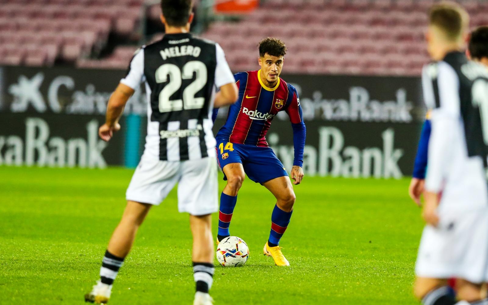 كوتينيو من مباراة برشلونة وليفانتي