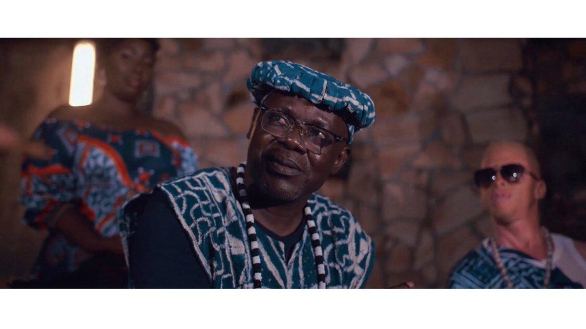 Le casting premium du nouveau clip de @mimieofficielle .. Ebenezer Kepombia , Valery Ndongo, Maxime Mbenti, Fidjil, Carole Tchameni ...  #Maaleh 💍❤️ est disponible partout 🔗 https://t.co/3rxrGAxCuf https://t.co/NkVYQFWVw6