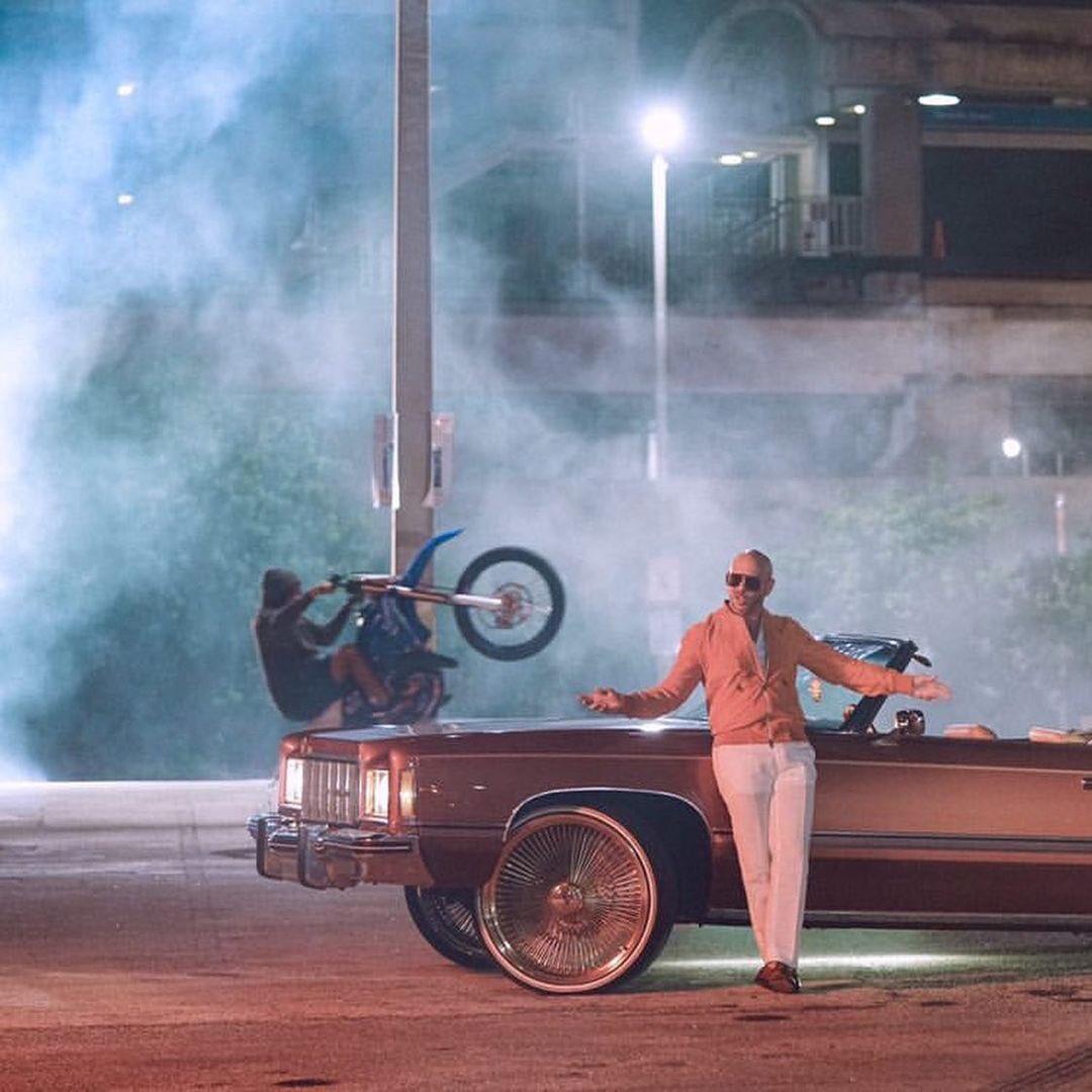 📸 @Pitbull — #GiveItToMe #Crunkaton  (Images: juiceheadzup, indigo_ize)