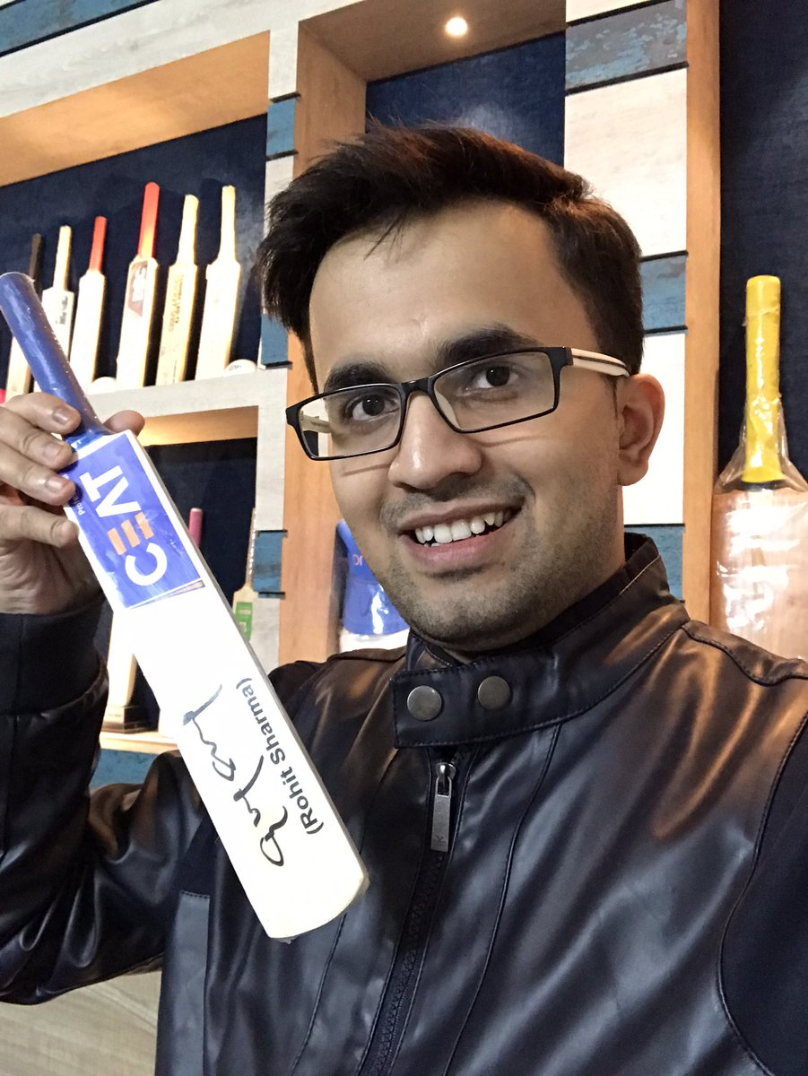Thanks a lot @CEATtyres for sending me this bat autographed by @ImRo45 for winning #CeatBalanceTheBatChallenge contest