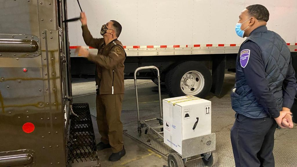 A historic morning! COVID-19 #vaccine deliveries have begun to arrive at their destinations. Hospitals around the country are receiving their first shipments. Thank you to all @UPSers that are making this last mile delivery possible! #DeliverWhatMatters