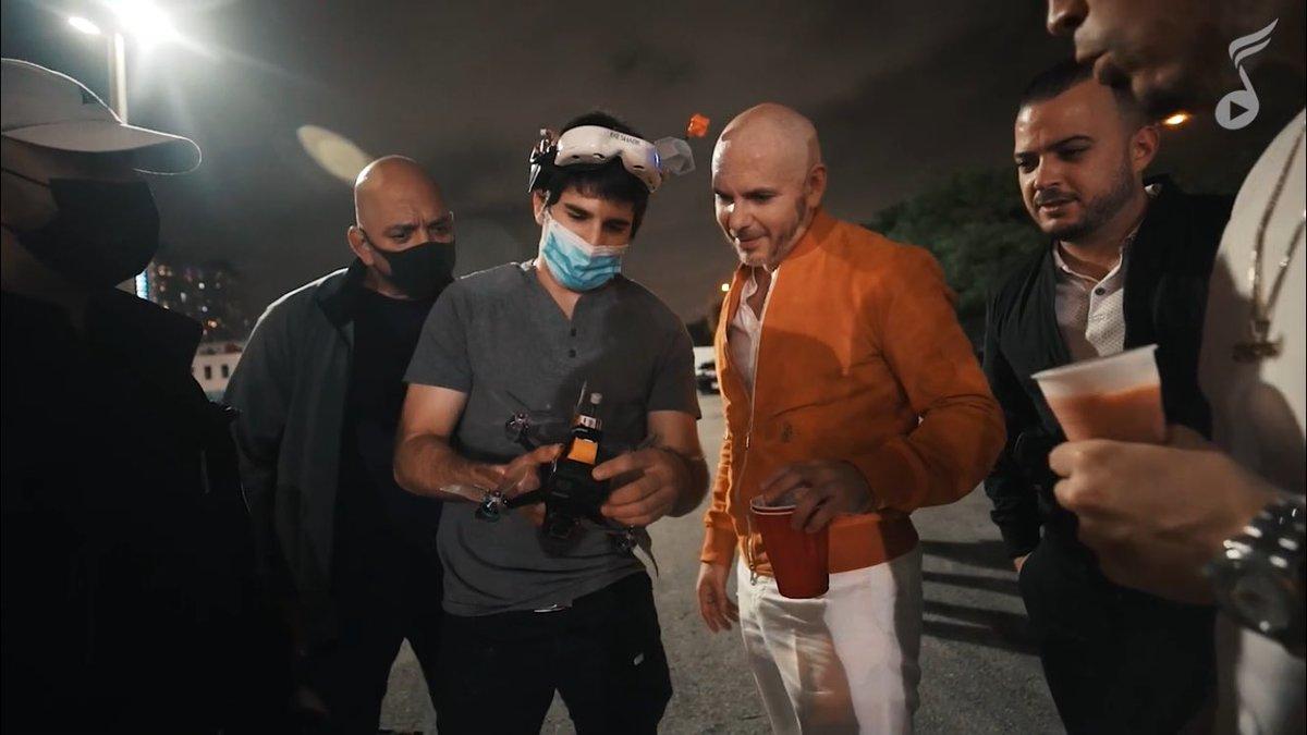 "Watch the official BTS video for ""𝙂𝙞𝙫𝙚 𝙄𝙩 𝙏𝙤 𝙈𝙚"" by @IAmChino__ x @Pitbull x @Yomil_Champions on @la_musica! #Crunkaton #MrWorldwide #Pitbull"
