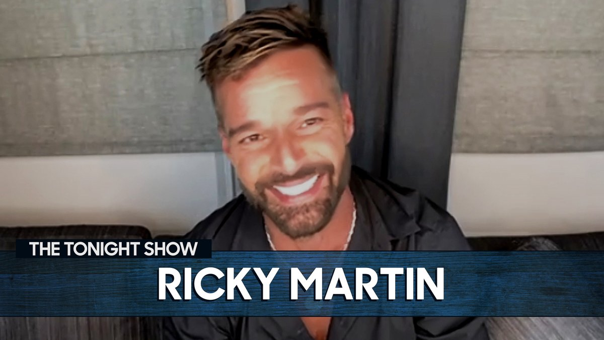 Before @ricky_martin was selling albums, he was selling burgers on TV! 📺🍔  More with Ricky ➡️  #FallonTonight