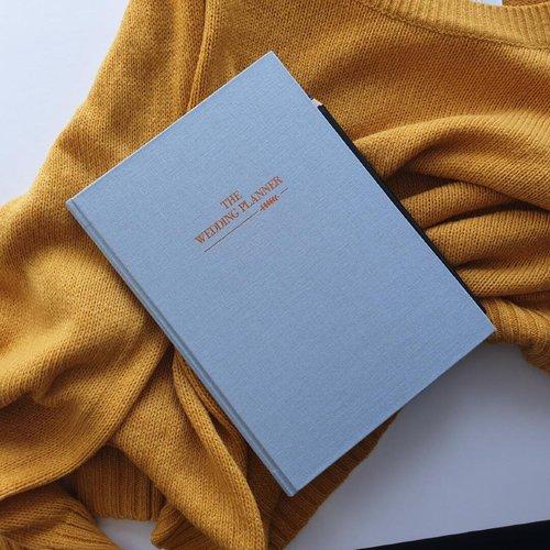 A beautiful journal that helps you plan your dream wedding!      #bride #wedding #knot #celebrate #planner #maker #thesaffronsouk #saffronsouk #makers  #handmade #kids #babies #smallbusiness #shoplocal #dubaimoms #shopsmall   #igers #love   #supportlocaldxb