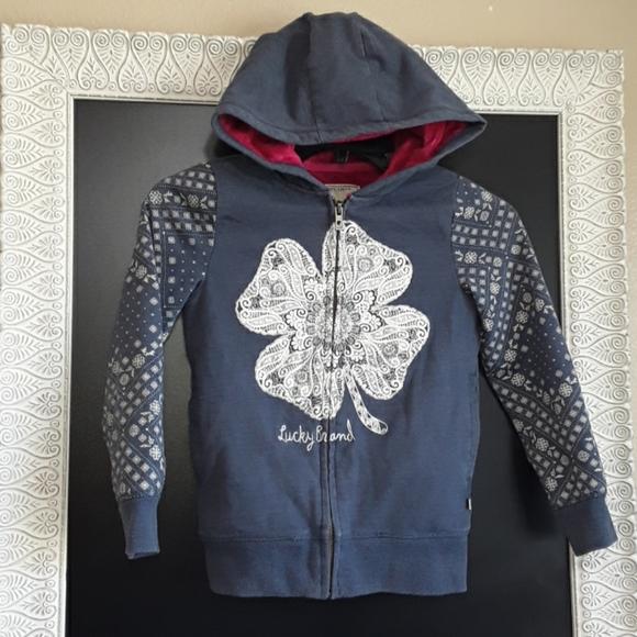 So good I had to share! Check out all the items I'm loving on @Poshmarkapp #poshmark #fashion #style #shopmycloset #luckybrand #vilebrequin:
