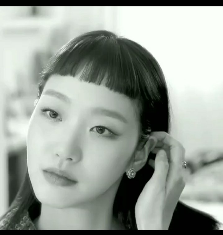 Say what you want to say Queen we hear you 💯 Your elegance is screaming so loud #KimGoEun #CHANELFineJewelry #Muse