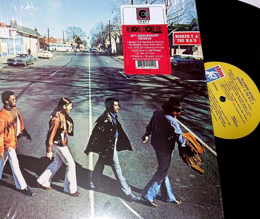 本日の1枚はコレ。 BOOKER T. & THE MG'S 『McLemore Avenue』50周年記念盤。 #RSDDrops (29) #bookertandthemgs  #アナログレコード