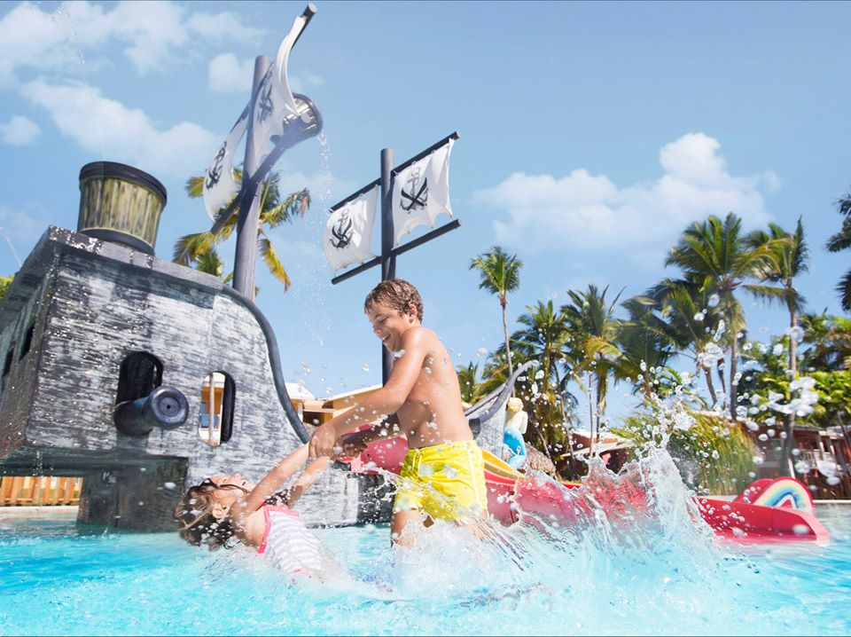 Looking for an all-inclusive resort in Punta Cana with fun facilities and activities for your little ones.  Grand Palladium Hotels & Resorts in Punta Cana.