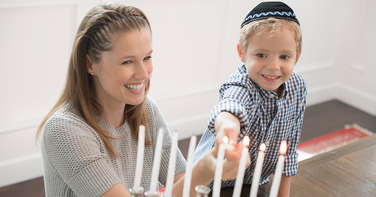 Wishing you and your family 8 days and nights of happiness! #HappyHanukkah https://t.co/zok3j7EPAE