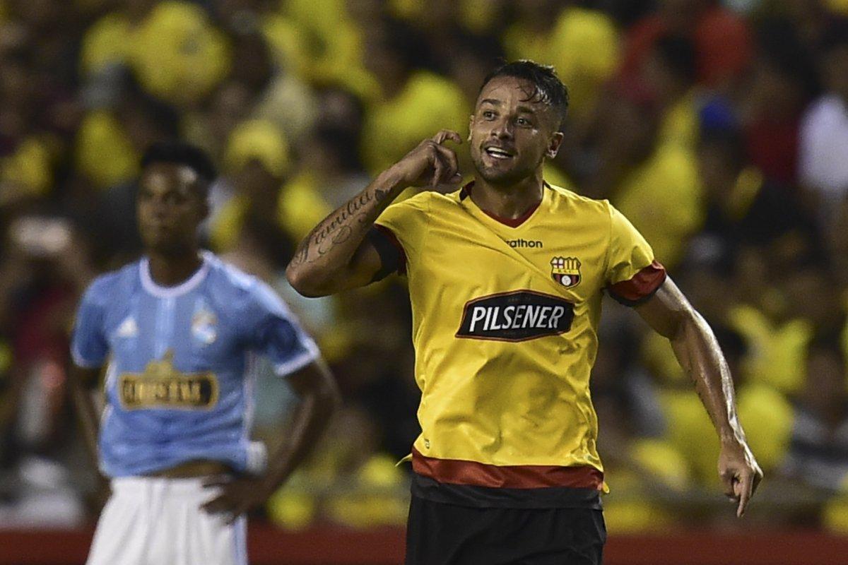 """Nicolás Rivera on Twitter: """"Gabriel Marques estará fuera de las canchas por  6 meses.… """""""
