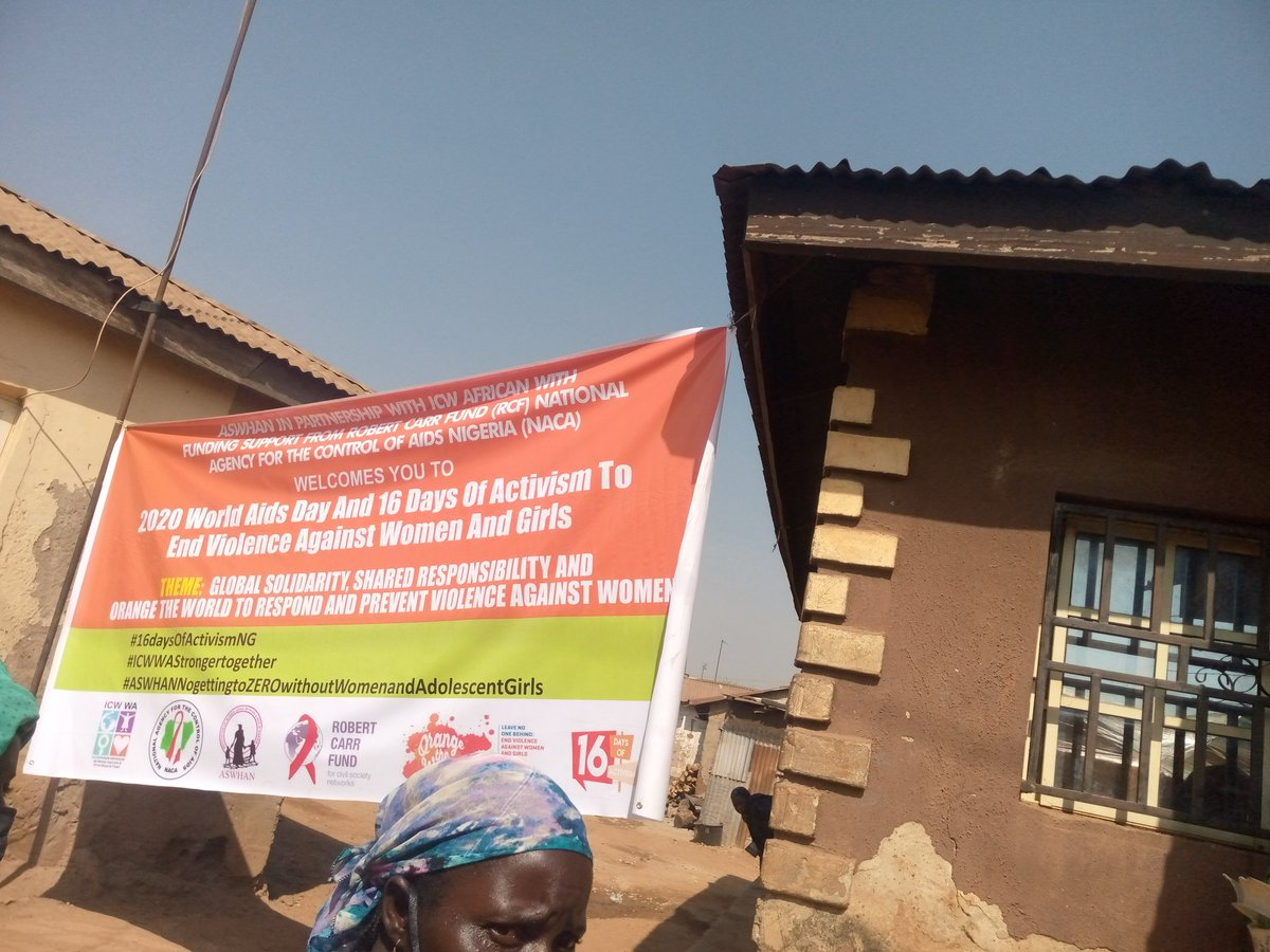 Community Sensitization on the 16days of activism, ways to stay safe from contracting Covid-19, as well as the need of protecting the girl child from Sexual and Gender Based Violence by ICWWA and it's members #worldaidsday2020  #16Days  @Gendermobile_NG @AswhanNg @kayodeteslim