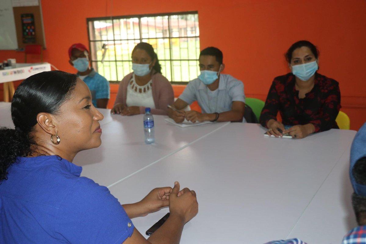 🌳 Codirectora del INTUR sostiene encuentro con estudiantes de Ecoturismo de URACCAN Las Minas   #Universidad #ComunitariaIntercultural Ver más en⬇ #Nicaragua #costacaribe #LasMinas #Huracanlota #yosoyuraccan