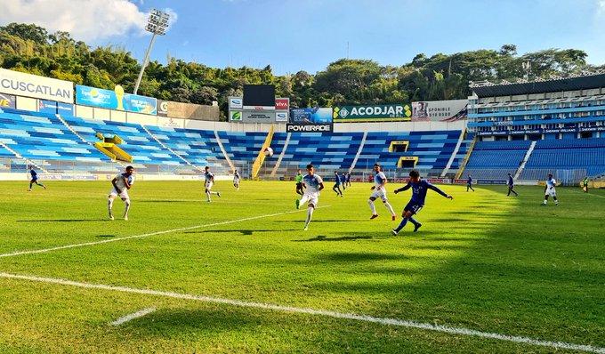 Juegos amistosos contra Nicaragua en diciembre del 2020. EpY4-DwW4AQ9xEd?format=jpg&name=small