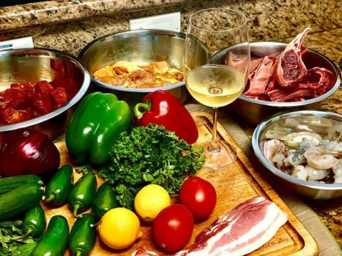 Can you guess what's for dinner? 😋 #DynaGlo https://t.co/88OhXTKPK7