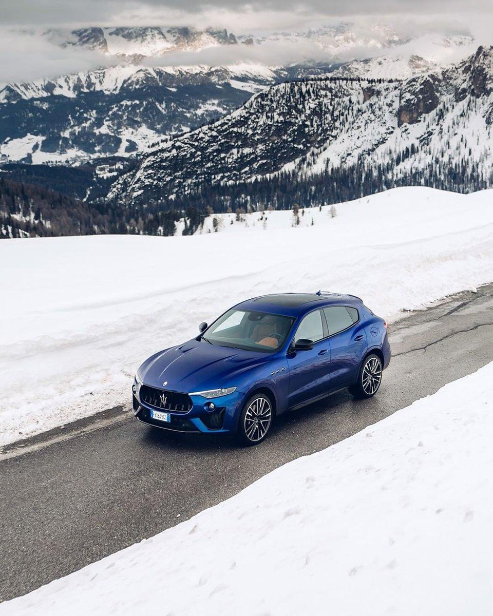 """あらゆるディテールが主張する、強烈な個性と存在感。『レヴァンテ トロフェオ』は、デザインという""""言語""""を通して、マセラティの美を雄弁に語りかけてきます。 レヴァンテ トロフェオの詳細はこちら: https://t.co/FRikEio4x6  #Maserati #マセラティ #LevanteTrofeo #レヴァンテトロフェオ https://t.co/BujIJ0B0jw"""