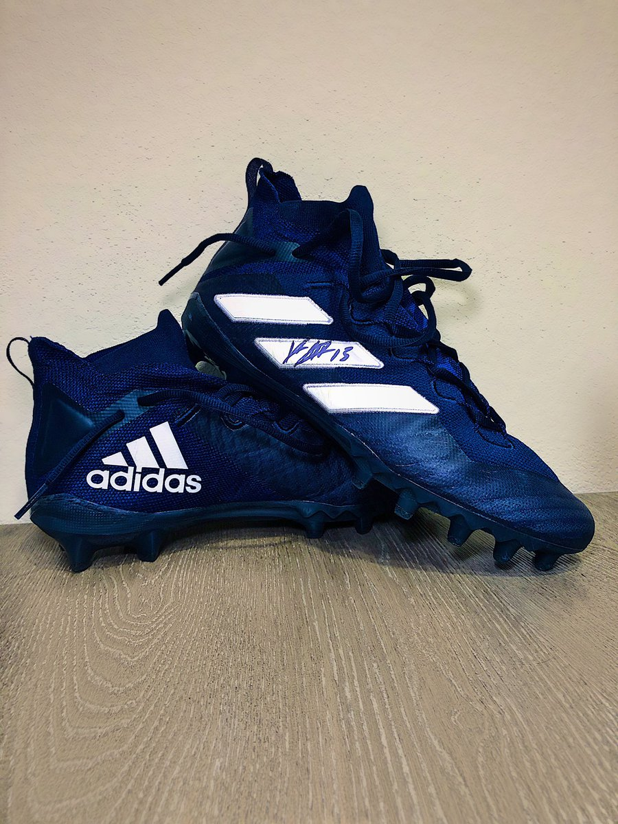 As promised...  #SlayDayGiveaway   Game worn signed cleats - to win you must RT and be following me...I'll announce a winner Sunday night.