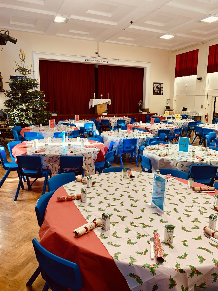 We're ready to come together to enjoy a Christmas Dinner as a community. We are lucky to have the space for bubbles to remain safely distanced from other bubbles, and we are very grateful to be able to celebrate Advent in this way. Thank you to all who have made this possible.
