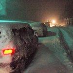 もし大雪の中、電気自動車で立ち往生したら凍死してしまうだろう・・・