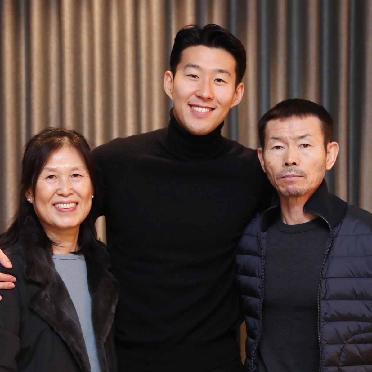 Heung-Min Mum, Heung-Min Son, Heung-Min Dad. #THFC ⚪️ #COYS