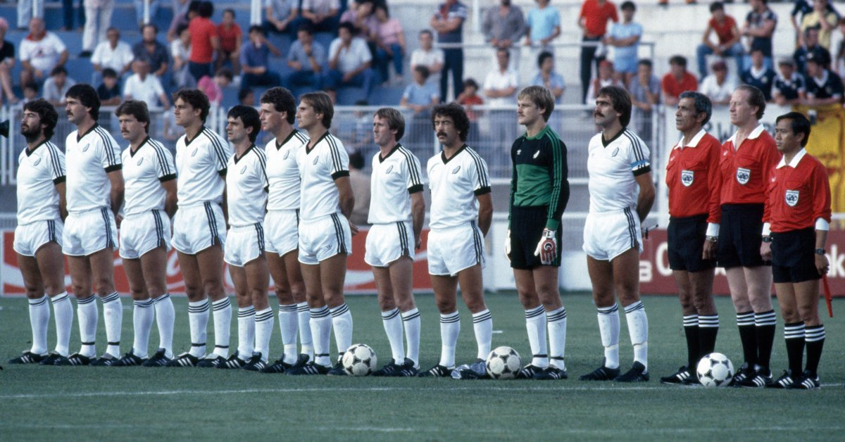 Finishing the qualifiers on equal points and goal difference, China PR and New Zealand were forced into a playoff #OnThisDay in 1982 🇨🇳🇳🇿  @NZ_Football's 2-1 victory saw the All-Whites qualify for their first ever @FIFAWorldCup 🤩  Do you know who their first game was against? 👀