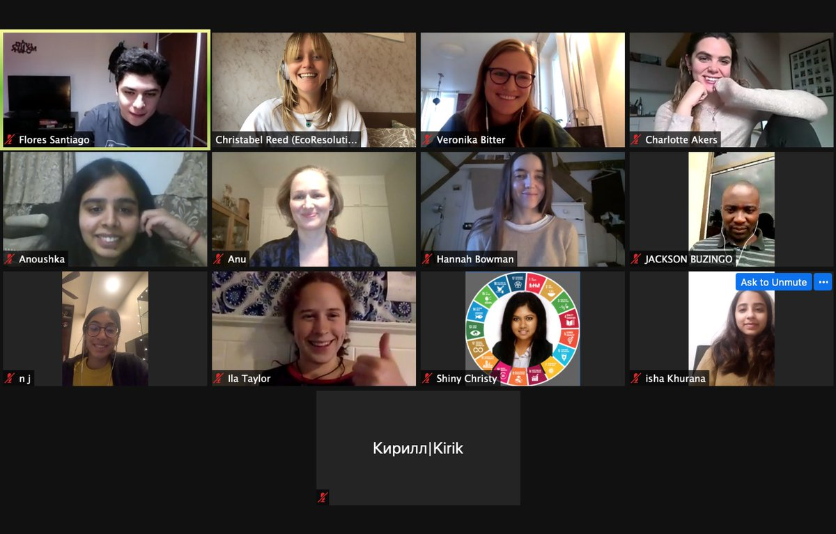 Amazing to come together from all over the world today for our Changemaker Network meeting 🇲🇽🇮🇳🇬🇧🇹🇿🇦🇺🇨🇭🇪🇸🇦🇹🇸🇬🇫🇮🇷🇺 Discussing Who Really Feeds the World? @drvandanashiva and thank you so much Flores for presenting on your project! #changemaker #ecoresolution