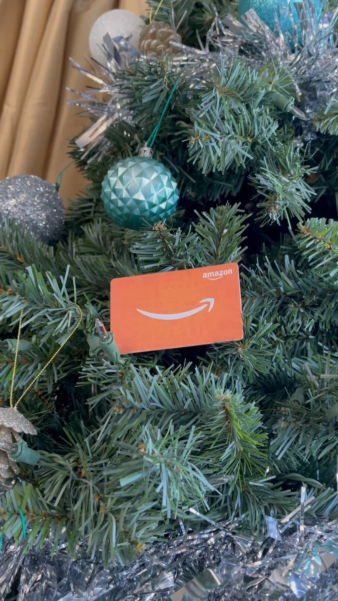 🎄🎁 GIVEAWAY 21 of 25 🎁🎄  $100 Amazon Gift Card  To enter: - Retweet ♻️ - Follow ✅  Good luck!  🔔 Don't forget to turn on post notifications so you don't miss future giveaways! 🔔