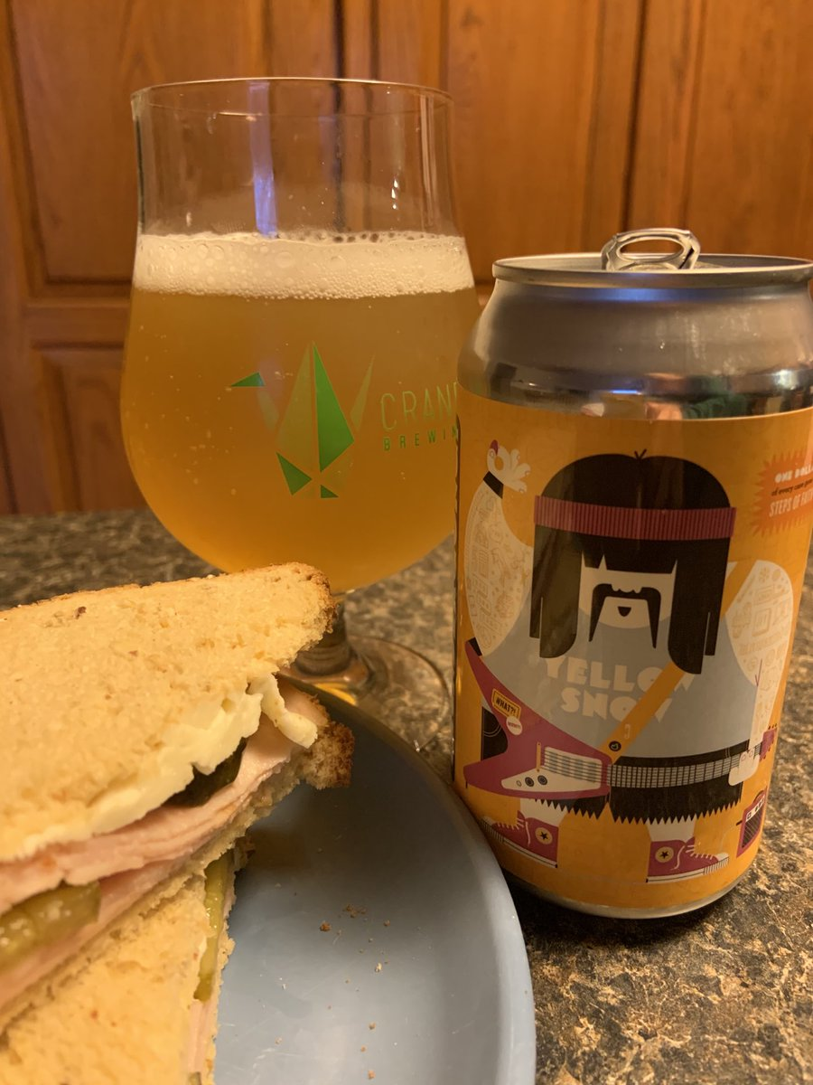 My new fav #wheat #beer 🍺 @CraneBrewing ($ 4 #GiveSteps @movingamputees ) 🍻 paired w good ol turkey,swiss + must have,bread&butter @MtOlivePickles 🥪 #drinklocal #craftbeer #kcbeer @KCHopTalk @eleventhreeKC @SipSipChug