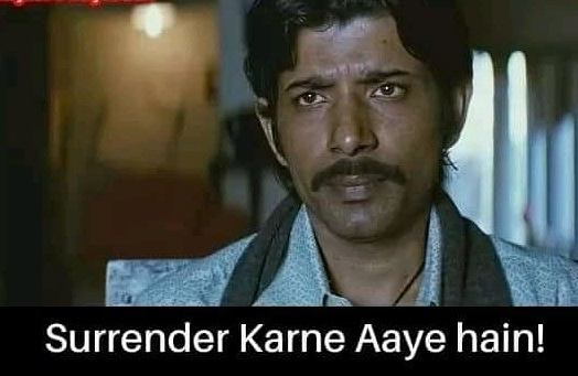 19/6 , the earliest 6 wickets India have lost in their test history.  Surrender kar diye bilkul yaar. Par thodi umeed abhi bhi karni chahiye, kya pata, kuch jaadoo ho jaaye.