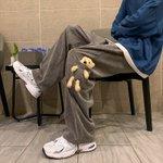 中国で流行っているらしい!クマを洋服に埋め込むファッション